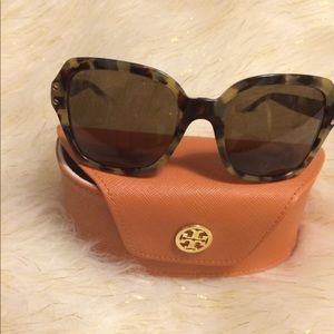 Tory Burch Sunglasses 😎